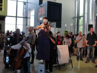Playing violin blindfolded at Tohu